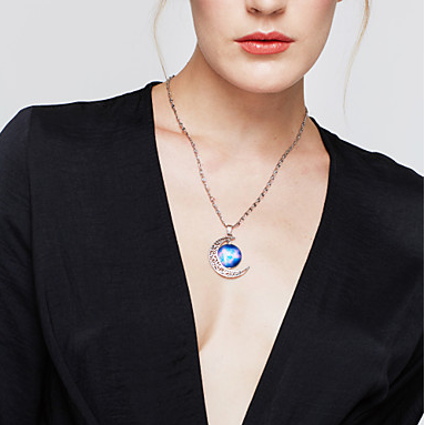Women's Pendant moon Galaxy Europea..