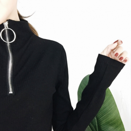 High Collar Zipper Up Long Sleeve T..