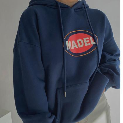 Simple letter printing hooded women..
