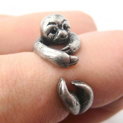 Realistic Sloth Animal Wrap Around ..