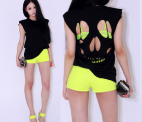 Skull Cut-out Tee