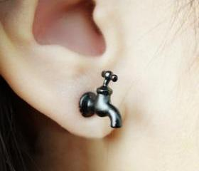 Cool Black Tap Earri..