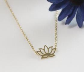 Lotus Flower Necklac..