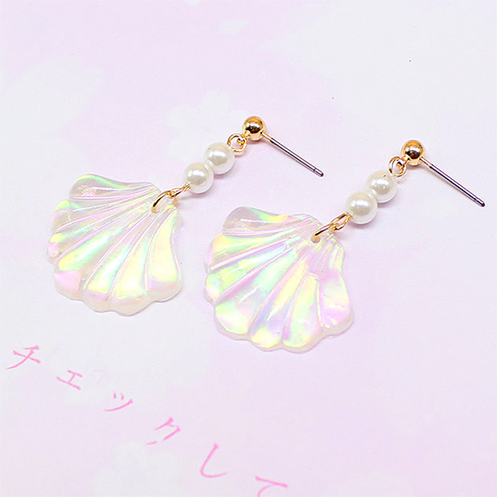 HOLOGRAPHIC SHELL EARRINGS
