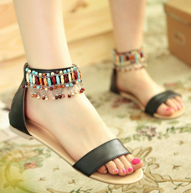 Fashion Handmade Beaded Tassel Shoes