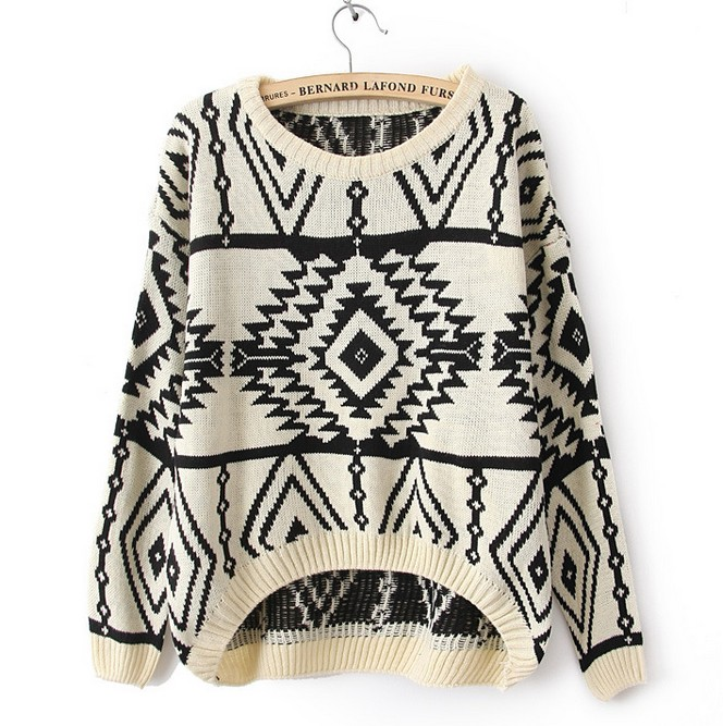 Cute Long and Short In Front Geometry Long Sleeve Sweater