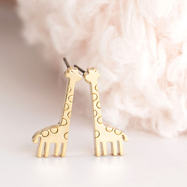 2016 New fashion Gold Baby Giraffe Animal Zoology Ear Stud Earrings