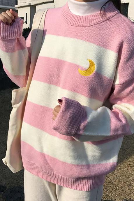 MOON KNIT SWEATER