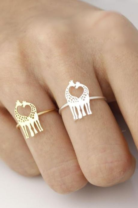 Loving Giraffe adjustable ring