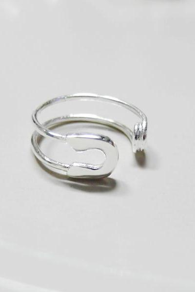Knuckle Ring Adjustable Ring Safety Pin Ring In White Gold