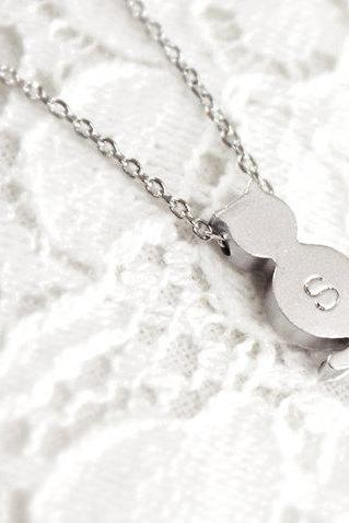 Personalized Initial Cat Necklace Initial Jewelry Best Friend Necklace Friendship