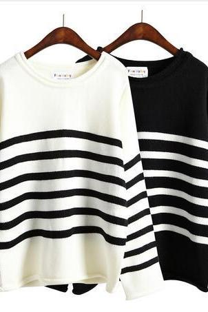 Black and White Striped Crew Neck Knitted Long Sleeved Sweater