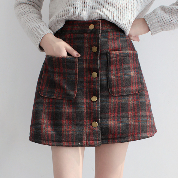 warm and sexy Fall/Winter Vintage Plaid Skirt