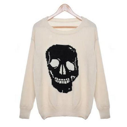 Retro Skull Graphics Sweater