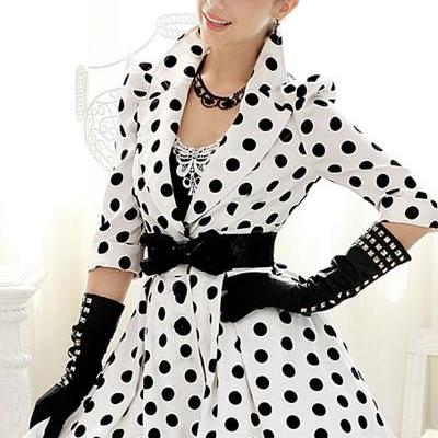 Hot sale Vintage Style Polka Dotted White Coat for women
