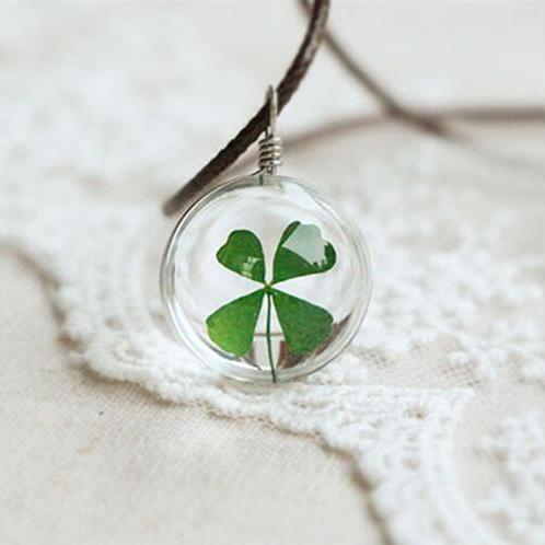 2016 Hot fashion Lucky Wish Locket Crystal glass Ball Clover Necklace for women